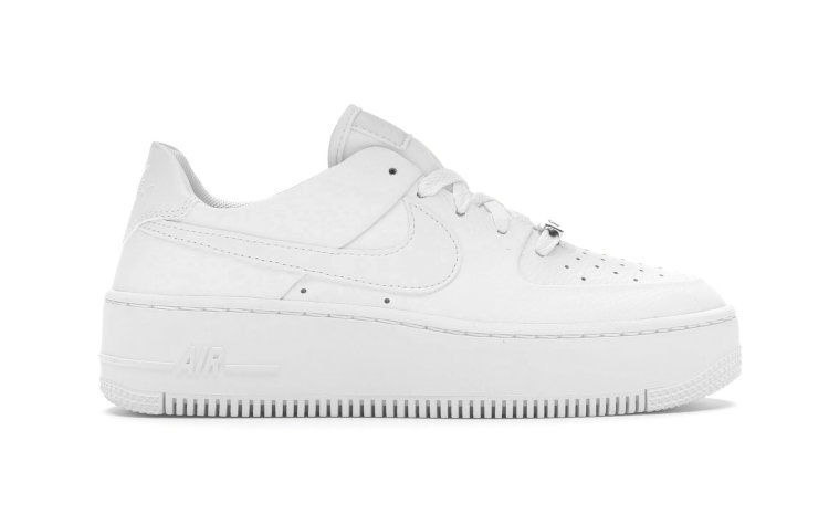 NIKE Wmns Air Force 1 Sage Low (AR5339-100)
