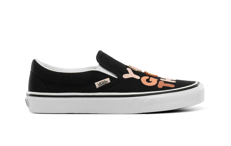 VANS Wmns Classic Slip-on (breast Cancer) (VN0A4BV3T4U)